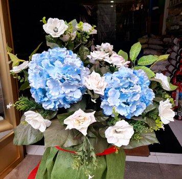 Centro flor artificial hortensia